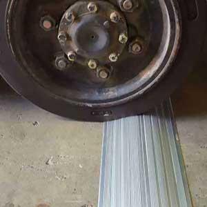 Drive Over Bund Kit, Aluminium Heavy Duty 1.2mL x 200mmW x 30mmH - includes adhe