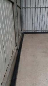 Solid Perimeter Mid Wall Height Bund, 3000mmL x 75mmW x 45mmH. CHARCOAL